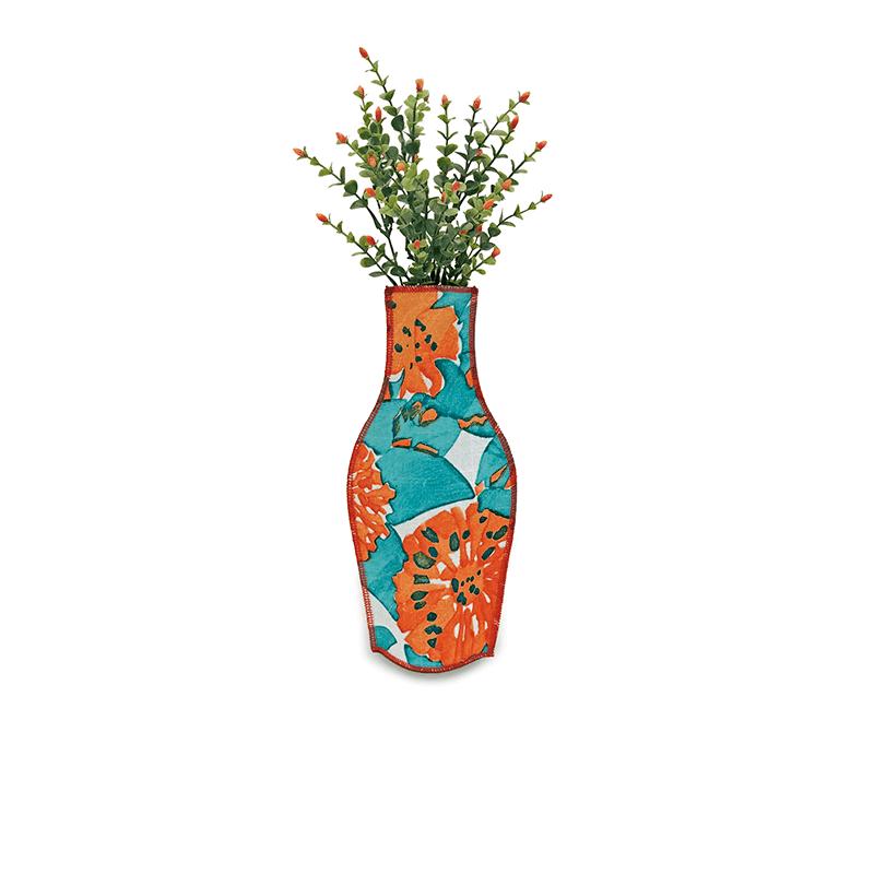 Casa Vicens Cotton Flower Vase