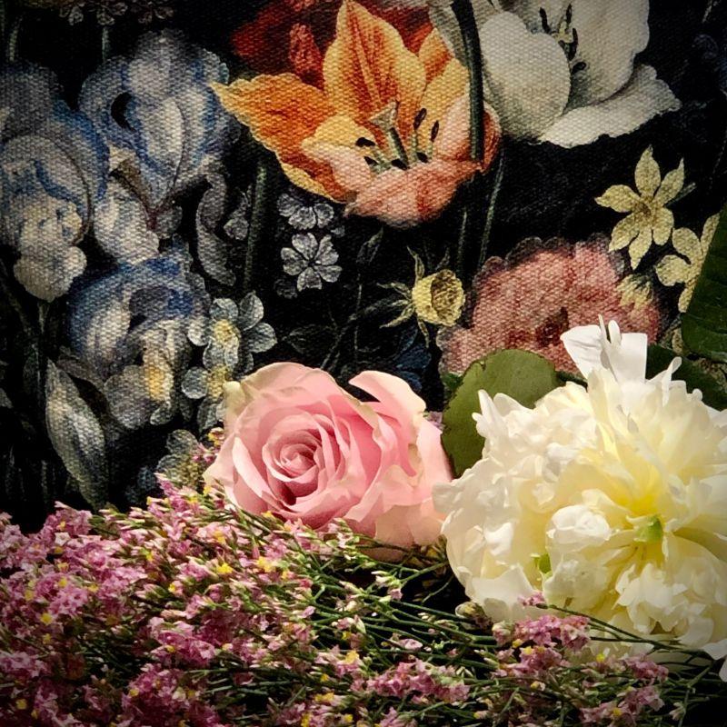Detalle tela Flores Barrocas