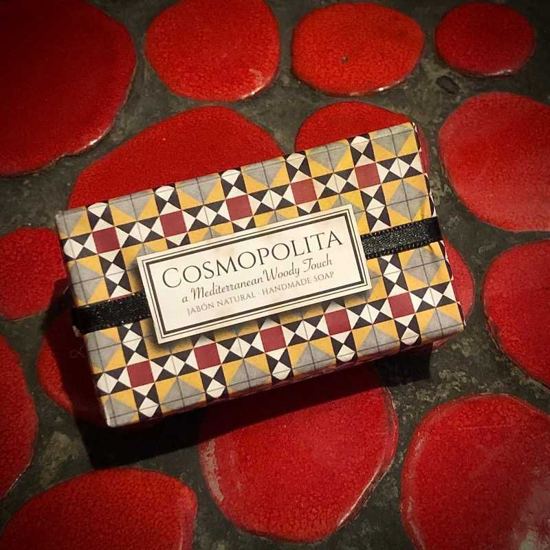 Cosmopolita handcrafted soap from the Modernist Tiles collection with amber fragrance