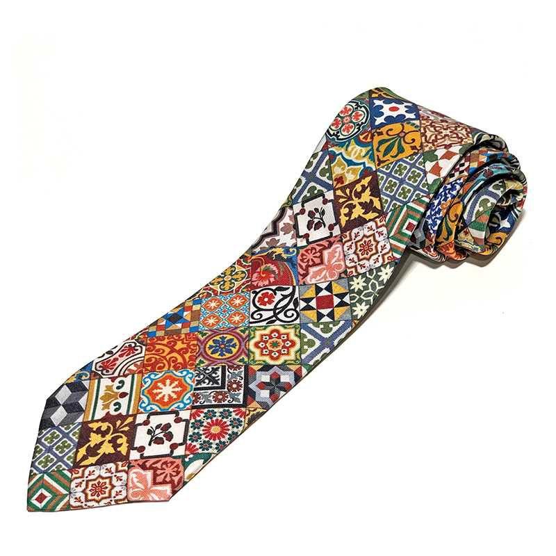 Corbata de seda de la colección Baldosas Modernistas