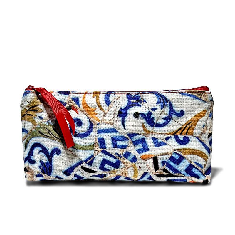 Cotton fabric pouch size 21 x 11 cm from the Trencadís collection