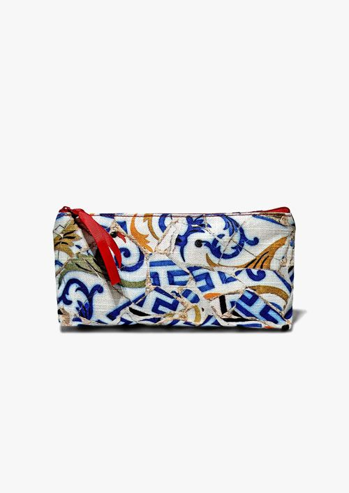 Cotton pouch with zipper, design inspired by the Trencadís technique used by Antoni Gaudí